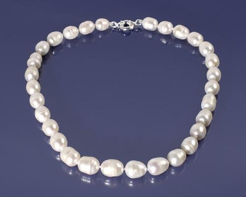 Collar de Perla oval con reasón en Oro blanco de 12mm.
