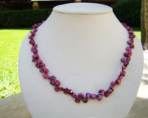 Collar de perlas keshi zig-zag fucsia