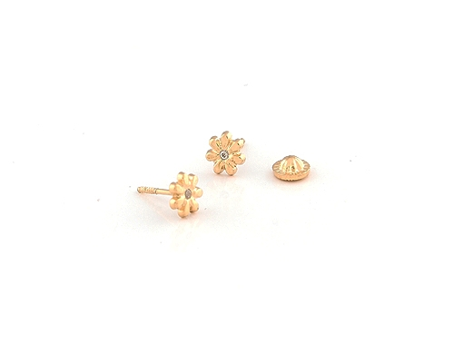 Pendientes de Oro750ml. y diamante. Flores