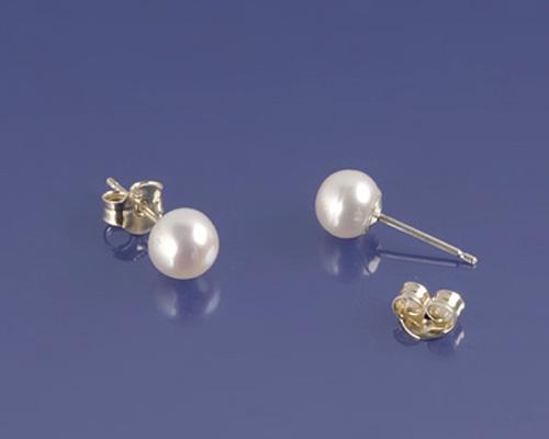Pendientes de Perla botón blanca 6,8mm. Aprox. Con plata 925ml.