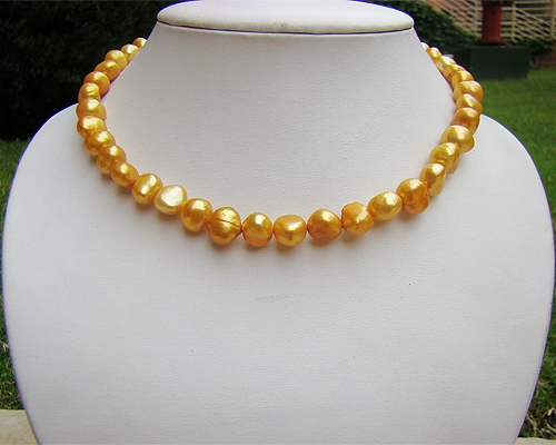 Collar de perlas barrocas Doradas