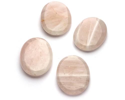Piezas de cuarzo rosa oval