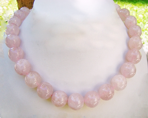 Collar de cuarzo rosa en bola 14mm.