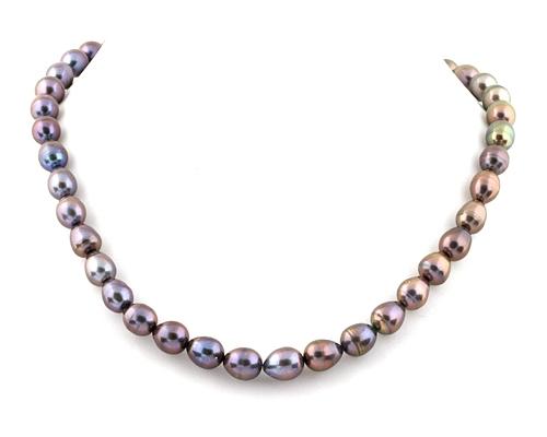 Collar de perlas ovales grises