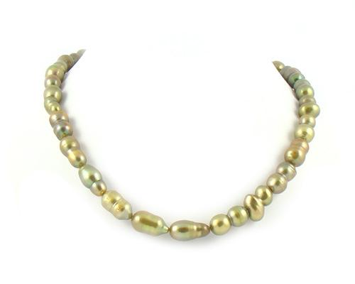 Collar de perlas barrocas verde