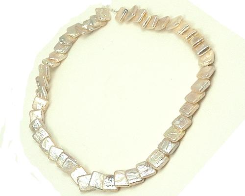 Collar de perla cuadrada superpuesta