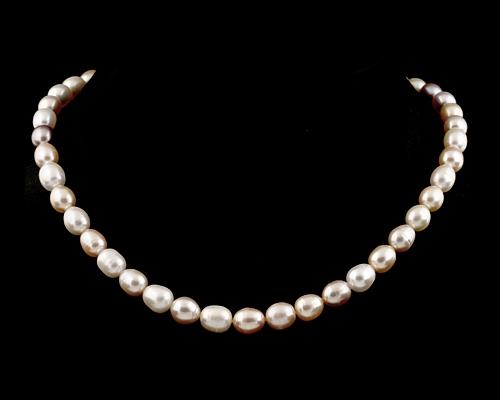 Collar de perlas ovales. Multicolores