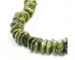 Collar de perlas Keshi verde