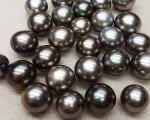 Perla Tahití oval 12-13mm.