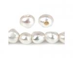 Perlas patata con perforación de 3mm. Blancas