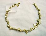 Collar de perlas Keshi zig-zag verde
