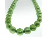 Collar de perlas patata verde manzana