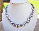 Collar de perlas Keshi zig-zag gris plata