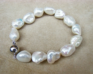 Pulsera de Perlas cultivadas Barrocas y cierre de acero imantado