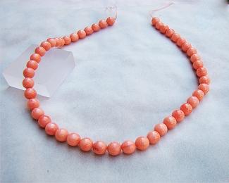 Collar de coral Bambú en bola 8-8,5mm.