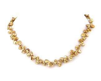 Collar de perlas Keshi zig-zag. Caramelo