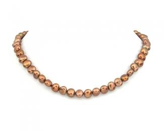 Collar de perlas patata color cobre