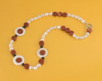 Collar en Perlas, Coral esponja, Lava, Madreperla y plata 925ml.