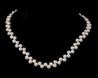 Collar de perla zig-zag blanca