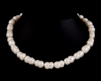 Collar de perla barroca blanca
