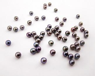 Perla esférica 7,5-8mm. Gris