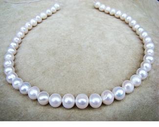 Collar de perla semi esférica blanca