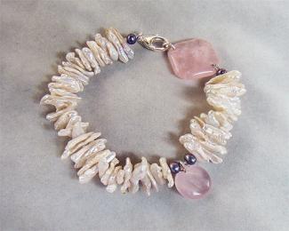 Pulsera de Cuarzo rosa español, Perlas cultivadas y Plata.