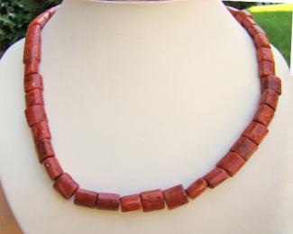 Collar de coral Esponja barrilitos