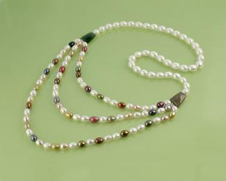 Collar en Perla cultivada y Jaspe