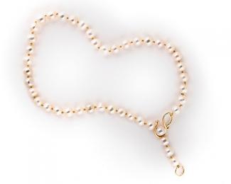 Collar de Perlas Cultivadas y cierre de 26mm. en plata bañada en oro 925ml.